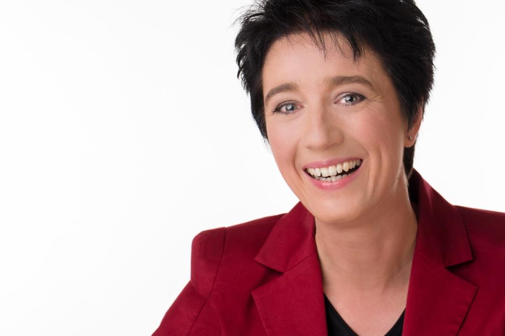 Dr. Sabine Paul